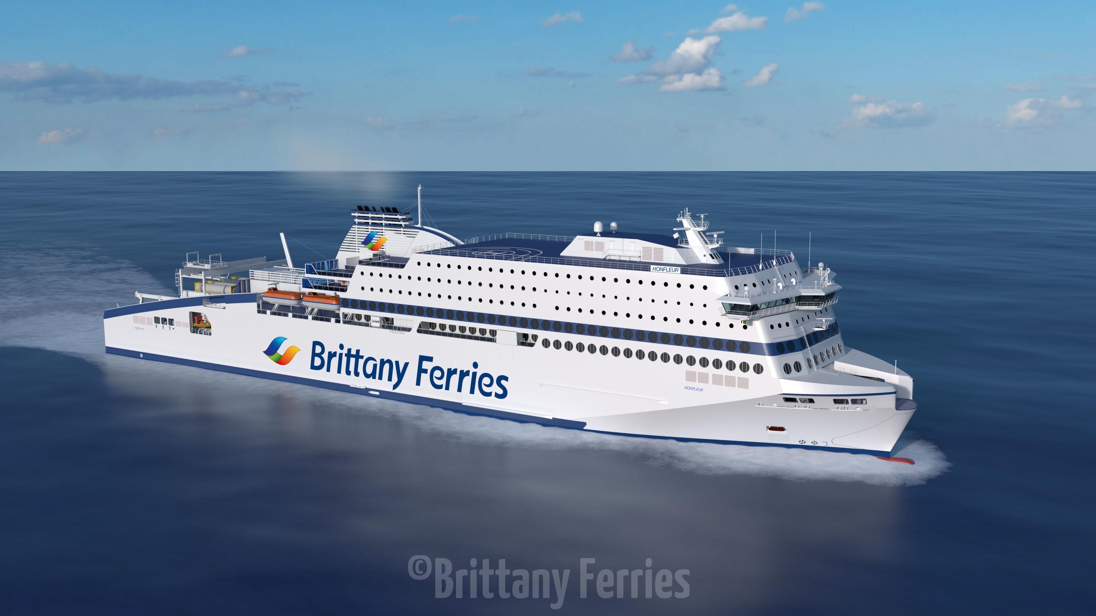 Le honfleur, le futur navire GNL de Brittany Ferries