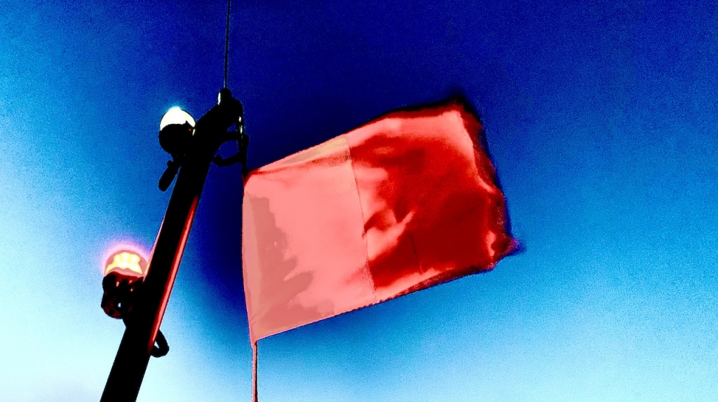Pilot Flag  © Vincent Baccellipar