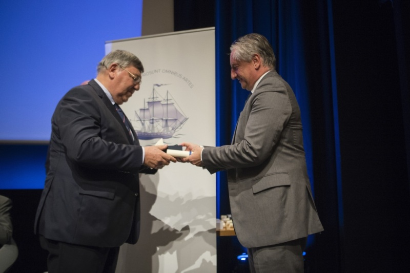 Séance solennelle de rentréee 2019 et remise de prix académie de marine.